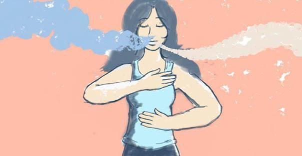 Chica respirando profundamente