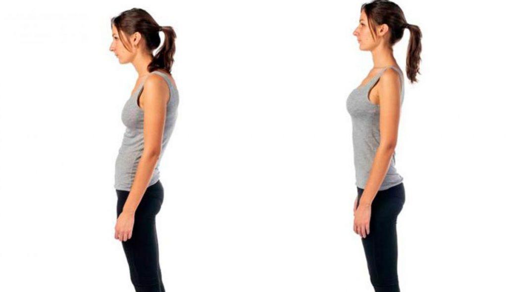 Mujer mejorando su postura