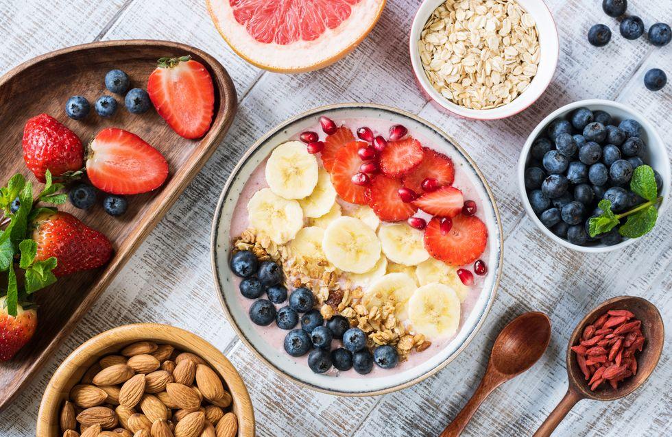 Comida saludable en una mesa